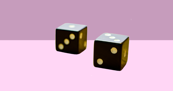 dice_pink_background